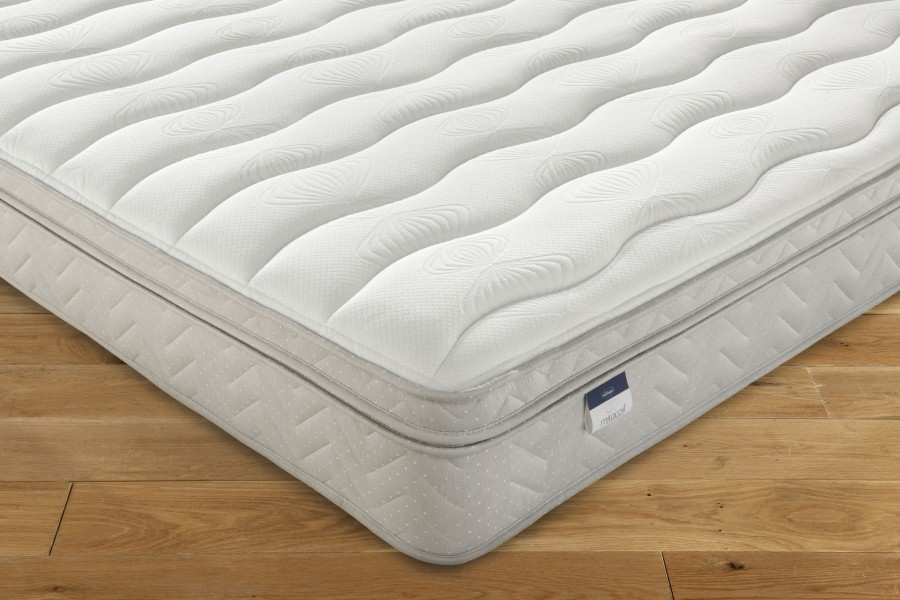 SILENTNIGHT OSLO MATTRESS AVAILABLE FROM THE WORLD OF BEDS DONCASTER